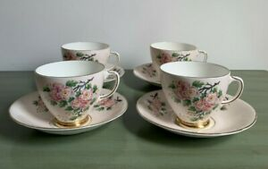 OLD ROYAL VINTAGE BONE CHINA TEA CUPS AND SAUCERS X 4 APPLE BLOSSOM OR26