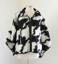 NWT French Connection Wool Cape Jacket Sweater Sz XS Black White Printed Poncho