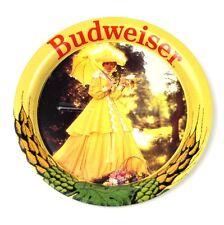 Vintage Budweiser EE.UU. Metal Chapa Base Coaster - Mujer en Amarillo