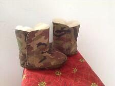 UGG AUSTRALIA  Camo. Baby winter boots/Green. Sz. 2/3