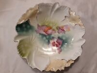 S&T R S Germany Scalloped And Fluted Bowl Candy Dish