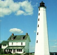 New London Harbor Light Oldest & Tallest in CT & Long Isl Sound Vintage Postcard