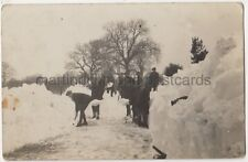 Snow Cutting Wherwell Road Brighouse, Yorkshire RP Postcard B784