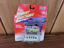 Cragar Johnny Lightning Volkswagen 1964 21 Window Samba Bus DieCast Car NEW