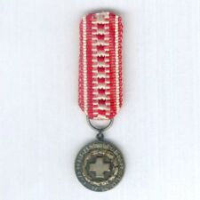 FINLAND. Miniature Red Cross Silver Medal of Merit, pre-mid-1970s version