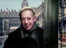 Alec Guinness UNSIGNED photograph - L4680 - The Ladykillers - NEW IMAGE