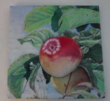 Trivet Washington Apple With Attached Stand