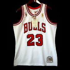 100% Authentic Michael Jordan Mitchell Ness 96 97 Finals Bulls Home Jersey 44 L