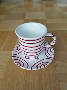 Tasse mit Untertasse Gmundner Keramik rot gestreift