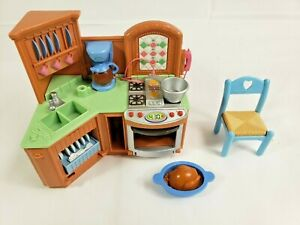 Fisher Price Loving Family Dollhouse Sounds Kitchen Oven Sink Turkey Pan Chair