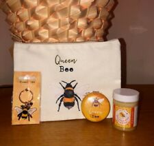 Beeutiful Cosmetic Gift Set for those with Bzzy Hands