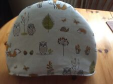 Woodland foxes and owls beige Tea Cosy