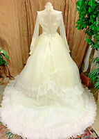 EVE OF MILADY VICTORIAN STYLE CREAM WEDDING DRESS RENAISSANCE FAIRE GOWN SIZE 10
