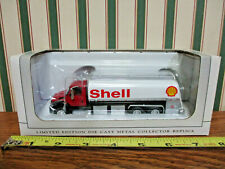Shell Oil Peterbilt 385 Tanker By SpecCast 1/64th Scale >