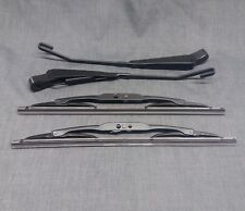 Land Rover Defender Front Windscreen Wiper Arms & Blades Set from1983 to 2001 BP