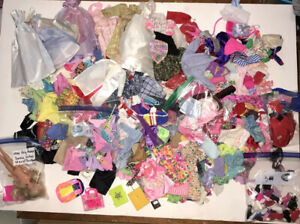 200+ Huge Lot of Vintage Barbie 80's and More...clothes and Accessories