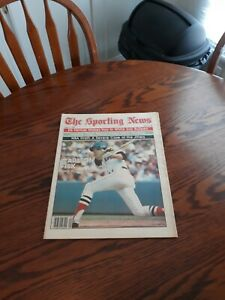 JUNE 14,1980-THE SPORTING NEWS-CARLTON FISK OF THE BOSTON RED SOX(MINT)