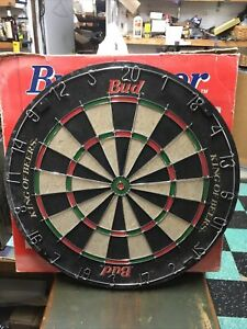 Bud Budweiser Beer Gold Tournament Bristle Dart Board full size