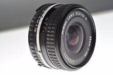 Nikon Serie E 28mm f/2.8 AI-S Lente Ancha. condición de menta + Filtro Hoya 52mm