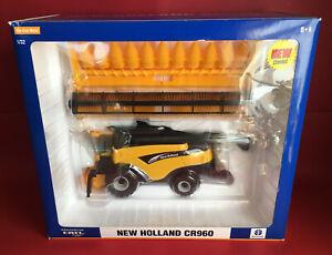 2004- Britains Ertl 1/32 New Holland CR960 Combine Harvester No13628 MIB