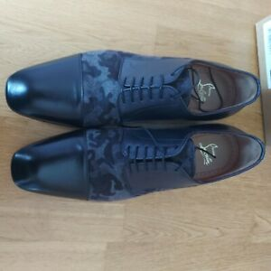 Christian Louboutin, black size 10, mens shoes
