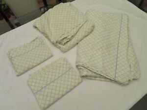 Laura Ashley Home Queen Sheet Set Green Bamboo Pattern 4 Pieces