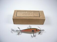VINTAGE SHAKESPEARE MINNOW WOOD FISHING LURE IN WOOD BOX