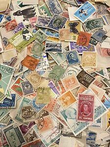 200 Grams Of Worldwide Off Paper Kiloware - Early To Modern