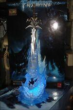 World of Warcraft Frostmourne Latex Lichking Sad Sword Figure Set blue light PVC