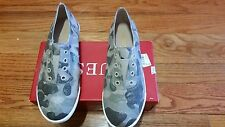 NEW GUESS TAUPE MULTI FABRIC CANVAS Flat Sneakers WOMEN`S SIZE 8.5