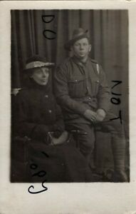 WW1 soldier AIF Australian Imperial Forces 4th Australian Division & Mother ?