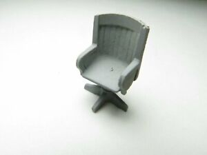 """1/48 1/4"""" O Scale Swivel Padded Lounge Desk Chair Pewter Casting"""