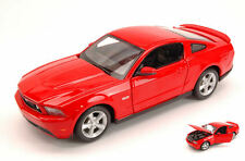 Ford Mustang Gt 2011 Red 1:24 Model MAISTO