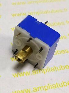 Condensateur Variable Capacitors Arena 300 + 300 pF 10%   Nos     DepC14H4)