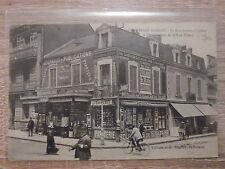CPA - Saint-Nazaire - La rue Amiral-Courbet à l'intersection de la rue Thiers