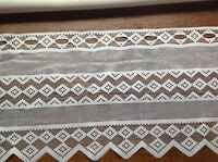 brise bise cantonnière rideaux à décor vendu au mètre B37