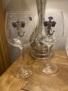 Set Of 2 crystal Wine Glasses With Elephant Embellishment
