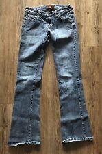 Urban Behavior 3/27 Straight Leg Blue Jeans Medium Wash Inseam 33 Waist 26