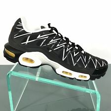 f98934b5dee914 Nike Air Max Plus TN Black Shark AJ6311 001 Mens Size 10.5 New Retail  170