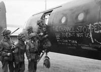 B&W WWII  Photo British Glider Troops D-Day World War Two Normandy  WW2 / 1048