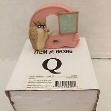 "Disney Michel Classic Winnie the Pooh Alphabet Ceramic Nursery Letter ""Q"""