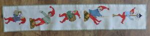 Beautiful Vintage Handmade Embroidered  Table Runner