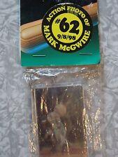 Mark McGwire Holographic Keychain 1997 Mlb #61