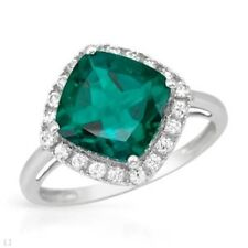 EXQUISITE SOLID 10K WHITE GOLD GREEN EMERALD AND WHITE SAPPHIRE RING 6.75