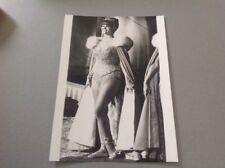 CLAUDIA CARDINALE - Photo de presse originale 13x18cm
