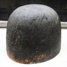 Molde de sombrero antiguo en madera