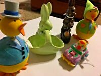 Awesome Easter Bunny Lot #1 Bobble Chicks Wind Up Ceramic SKU 058-018