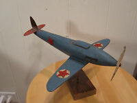 ANTIQUE AMERICAN FOLK ART WOOD CARVED FIGHTER PLANE STARS STRIPES PROPELLER WOW
