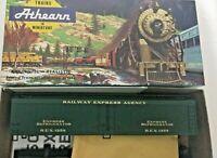 HO scale Athearn REA Railroad Express agency Reefer  REX 1258 Vintage rare kit