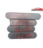 Custodes Peugeot 205 GTI 1L6 grise